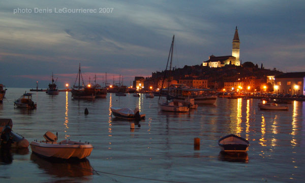 rovinj harbour by night